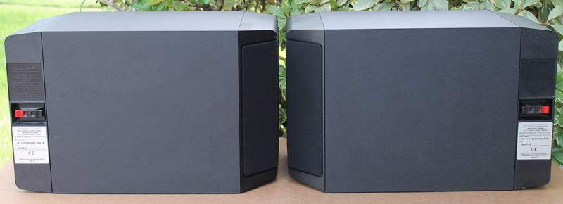 Back view of the BOSE 301 Series IV Speakers