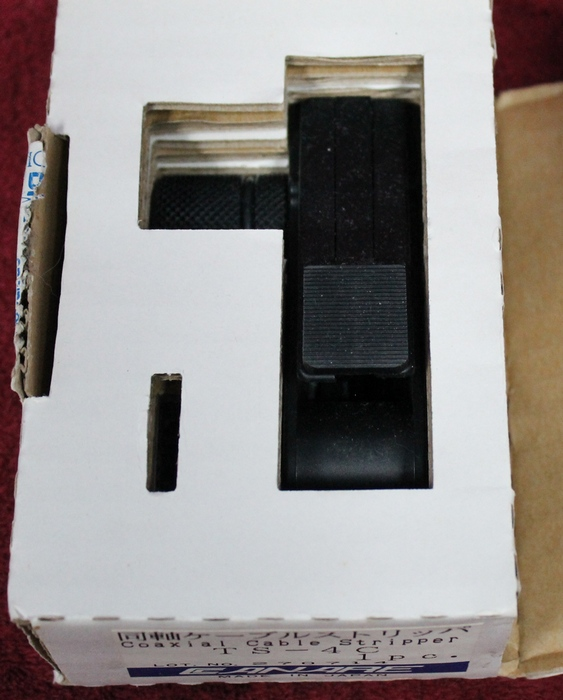 Original box opened for the CANARE COAXIAL CABLE STRIPPER TS-4C