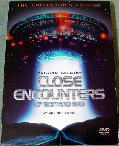 Close Encounters of the Third Kind Widescreen Collector's Edition 2-Disc DVD Set