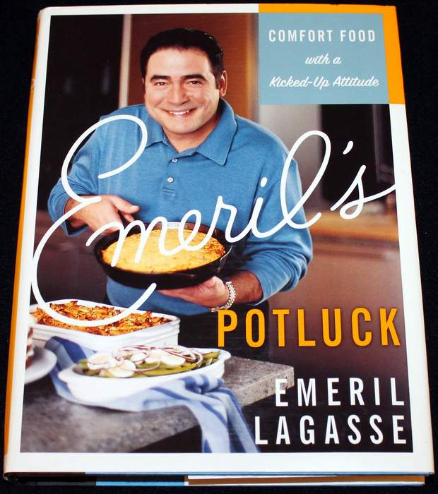 Emeril's Potluck: Comfort Food with a Kicked-Up Attitude by Emeril Lagasse