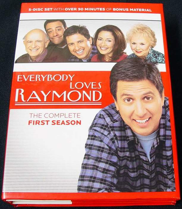 Everybody Loves Raymond - The Complete First Season 5-Disc DVD Set