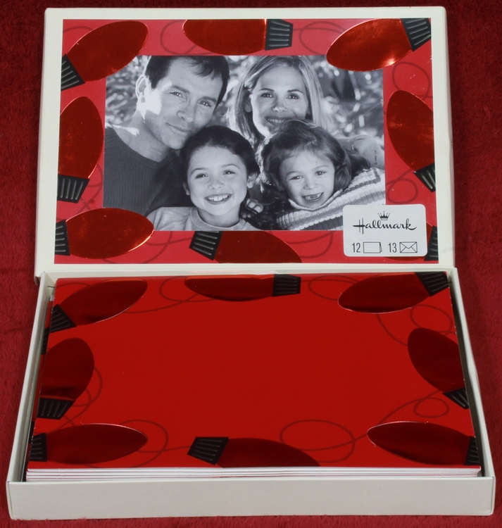 Insert your 4x6 photo on the card face - HALLMARK - Red Embossed Christmas Lights Photo Insert Boxed 12 Cards and 13 Envelopes PX3112 NEW