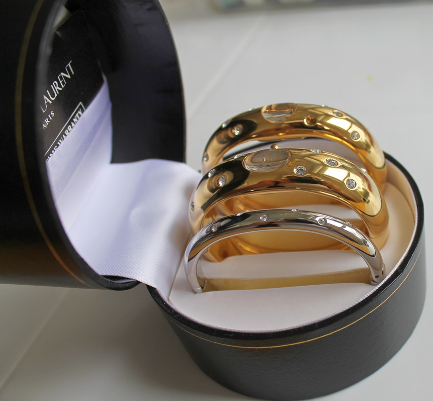 Jacques Laurent (Paris) Quartz Bangle Watches in Box with Bracelet