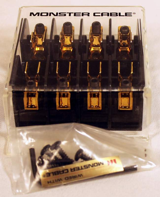 Monster Cable PFP-4 Four Pole Fuse Block for Car Audio with mounting screws