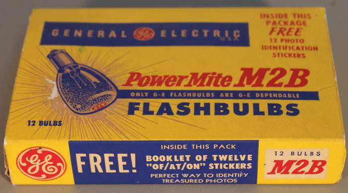 Vintage Antique Old Stock 12 Power Mite M2B Camera Flash Bulbs