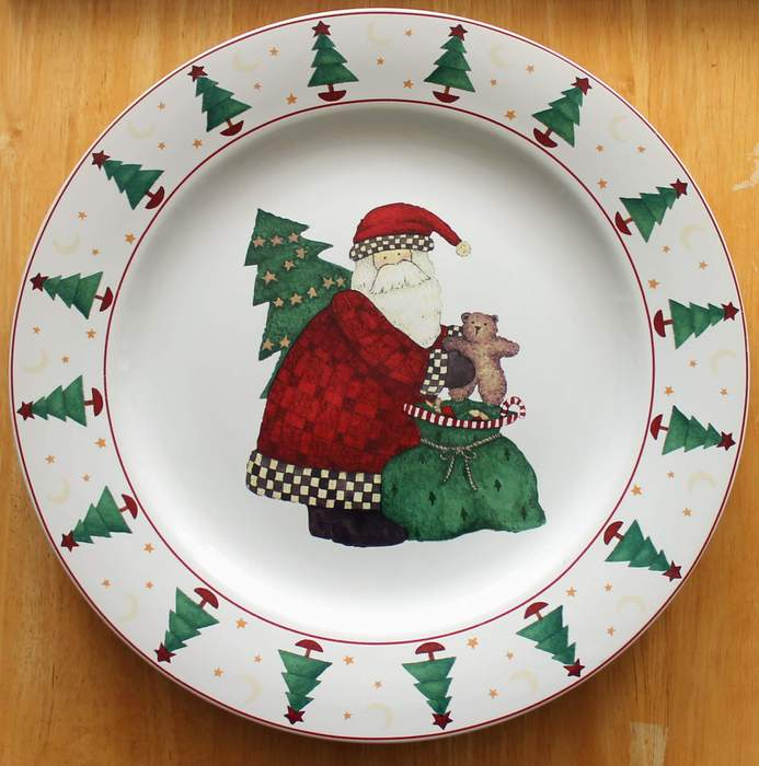 Debbie Mumm MAGIC OF SANTA 12-1/4 PLATTER Chop Plate by SAKURA