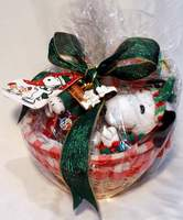 Peanuts Snoopy Christmas Gift Basket