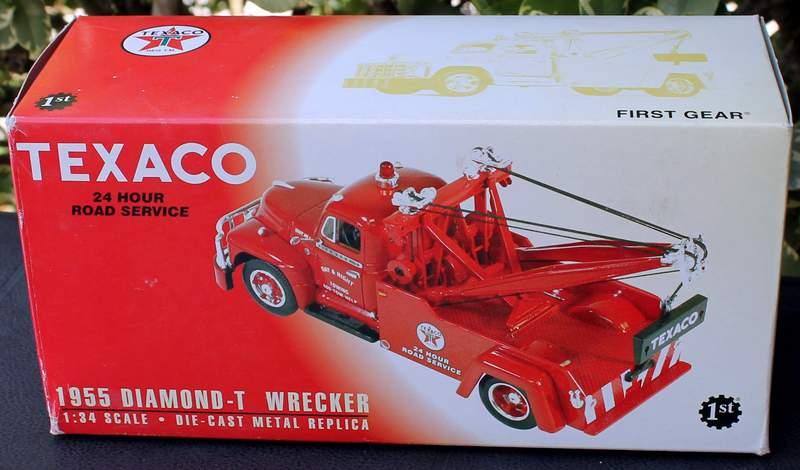 Kipp Brothers 1st First Gear TEXACO 1955 DIAMOND-T WRECKER Tow Truck MEDFORD 19-2427AO
