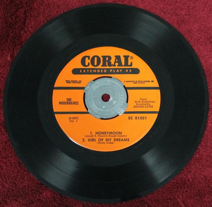 The Modernaires - Barbershop Harmonies - EP 45-rpm CORAL Records EC-81031