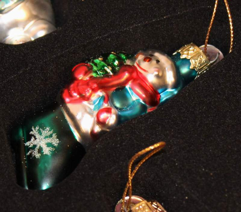 2002 Collection of Thomas Pacconi Set of 12 Blown Glass Christmas Ornaments